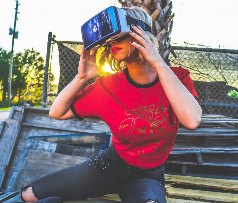 VRのアイキャッチ画像